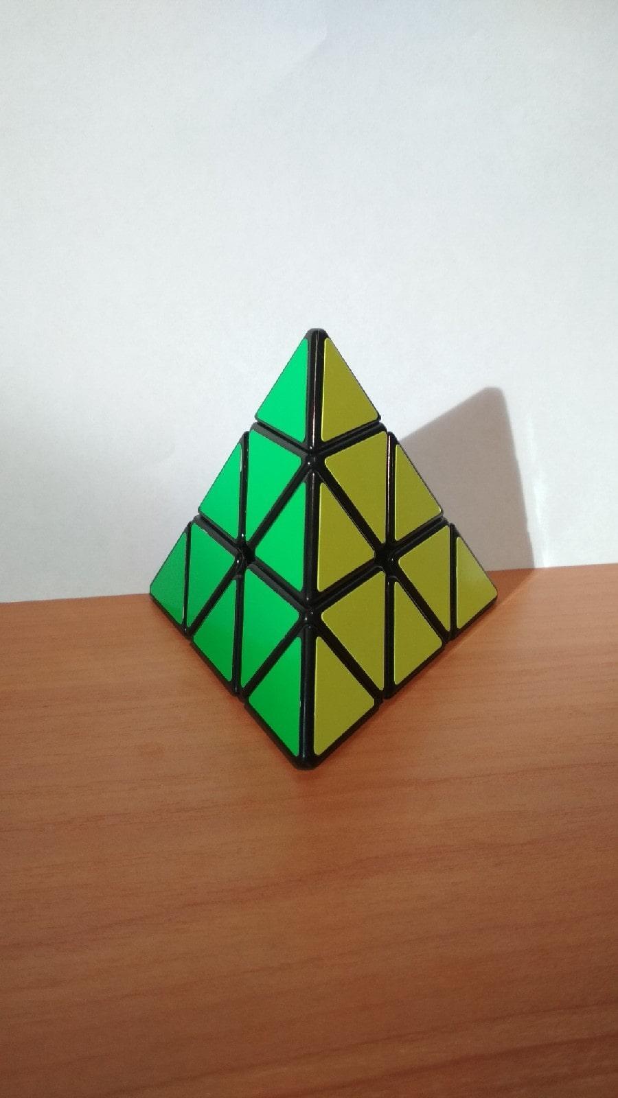 Как собрать кубик Рубика пирамидку